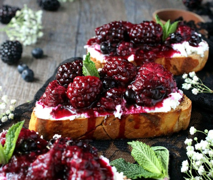 25 Of The Best Toast Recipes 03
