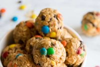 No Bake Peanut Butter Oatmeal Cookie Balls